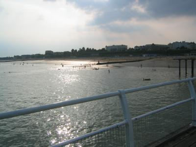 File:Clacton pier.jpg