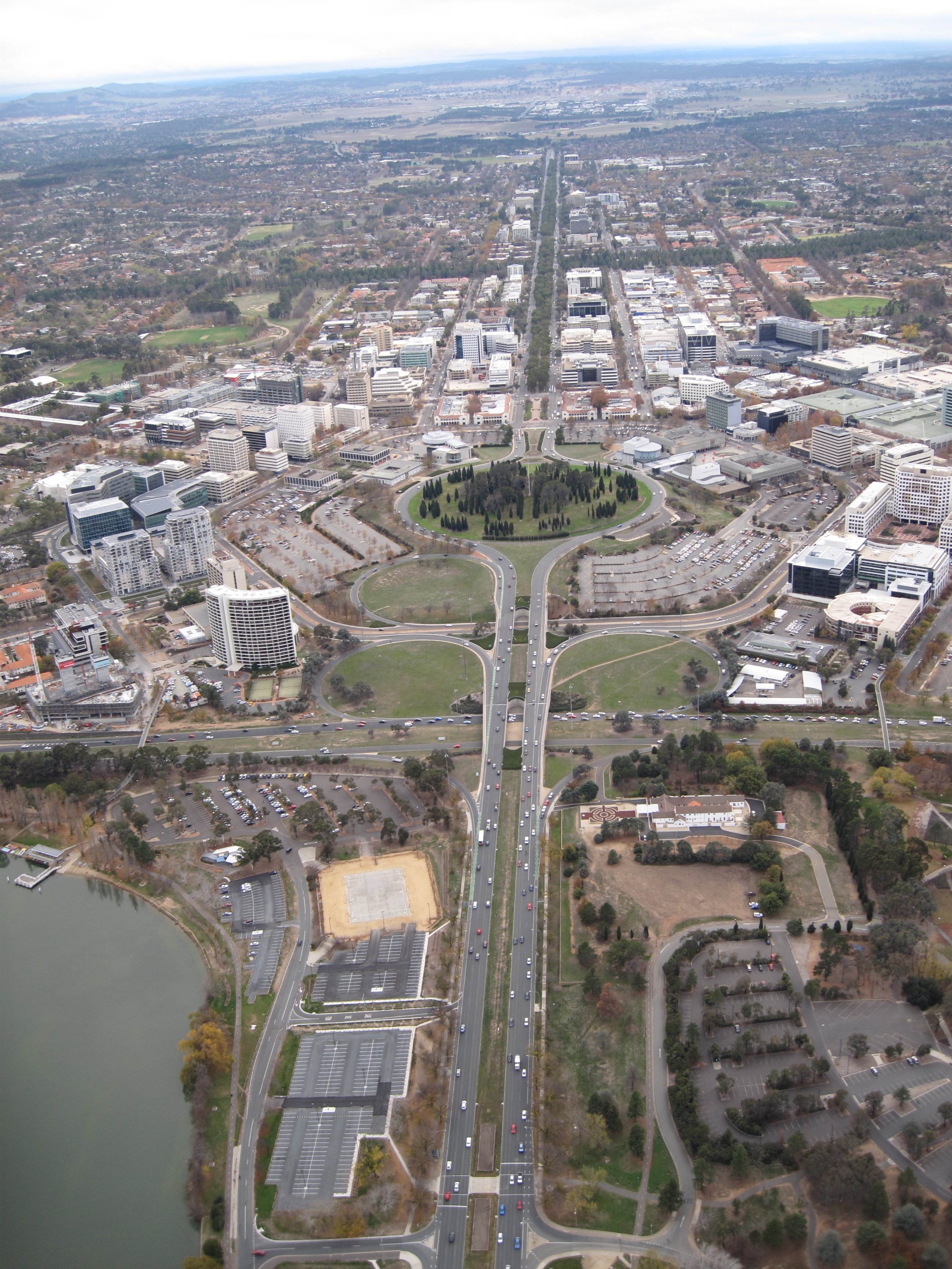 Canberra - Simple English Wikipedia, the free encyclopedia