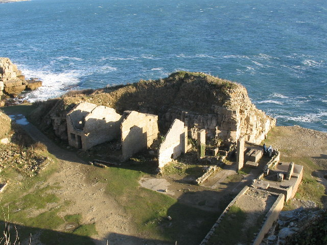 Disused Quarry buildings Winspit, Worth Matravers - geograph.org.uk - 20522