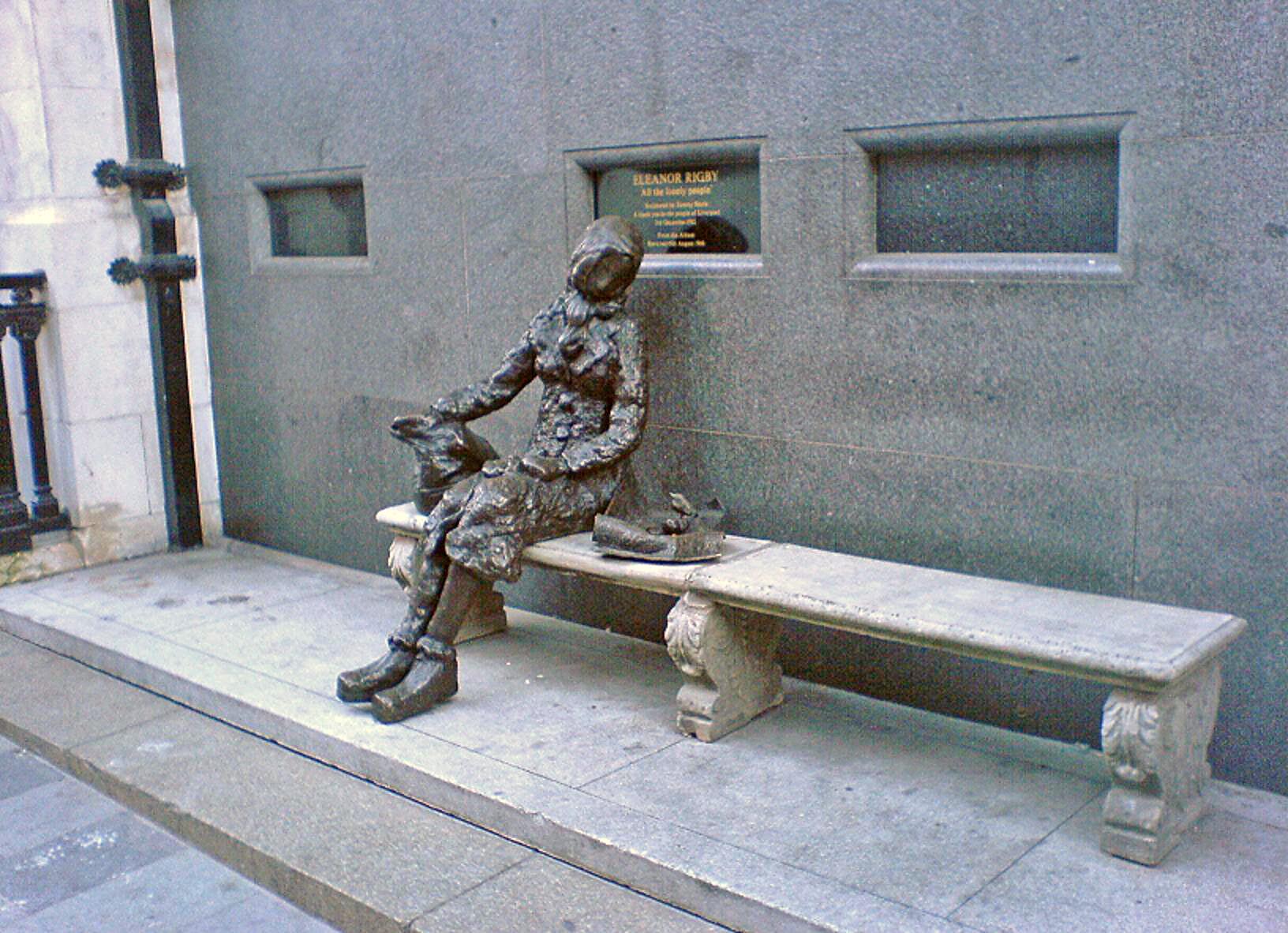 File:Eleanor Rigby Statue Liverpool.JPG