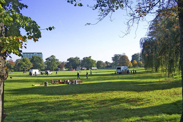 Enfield Town Park looking East - geograph.org.uk - 667489