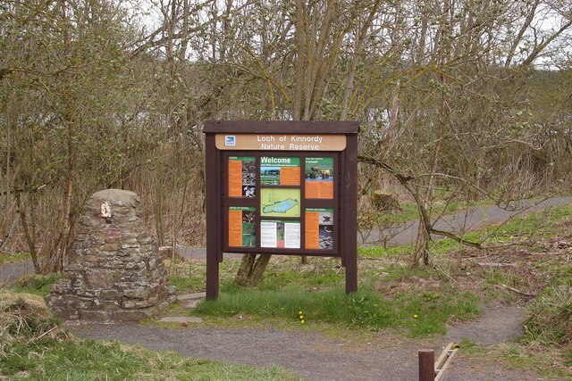 Entrance to Loch of Kinnordy Nature Reserve - geograph.org.uk - 163674