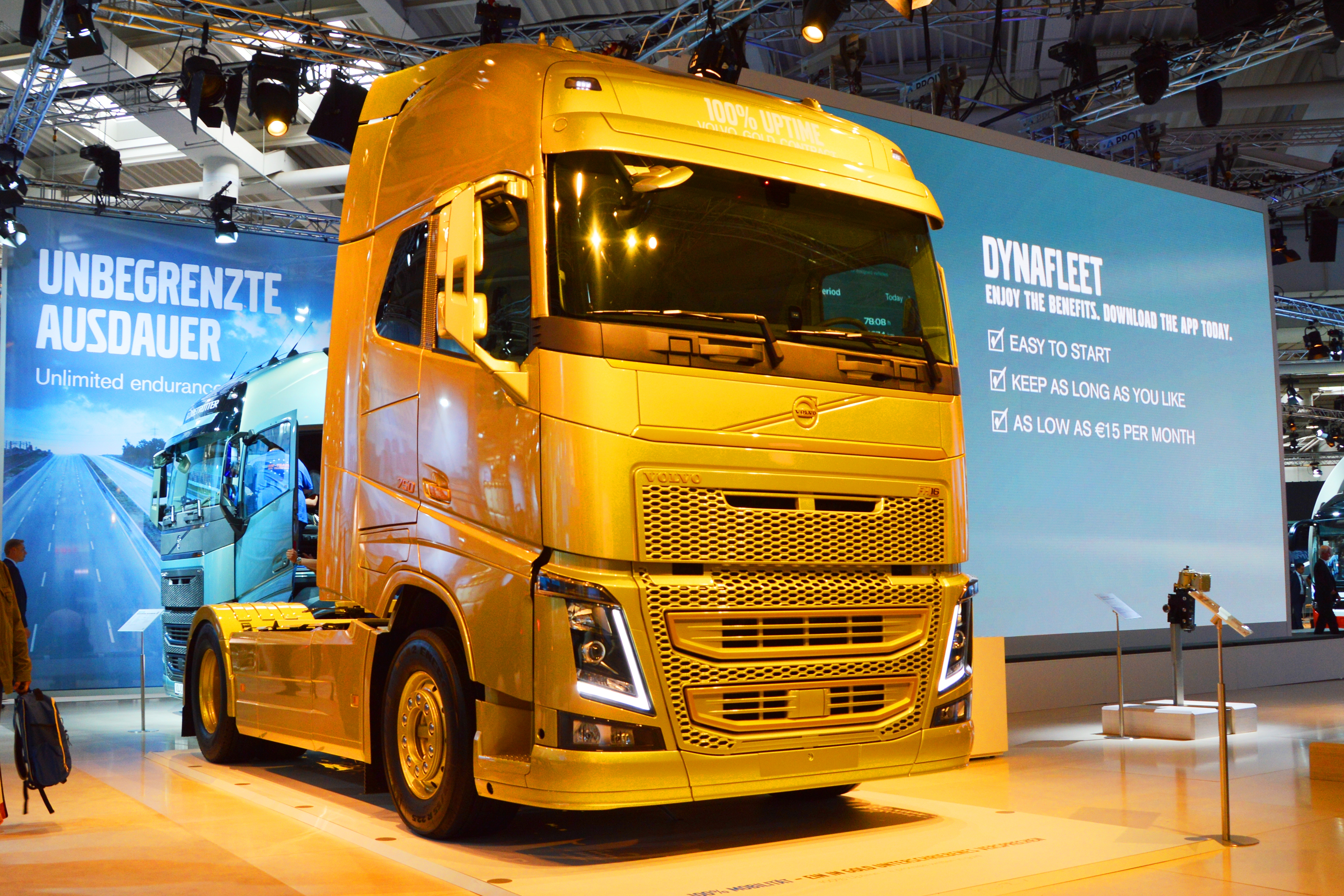 File Fh 16 750 Golden Volvo At Iaa 2014 Spielvogel Jpg