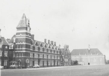 File:FelstedSchool01.jpg