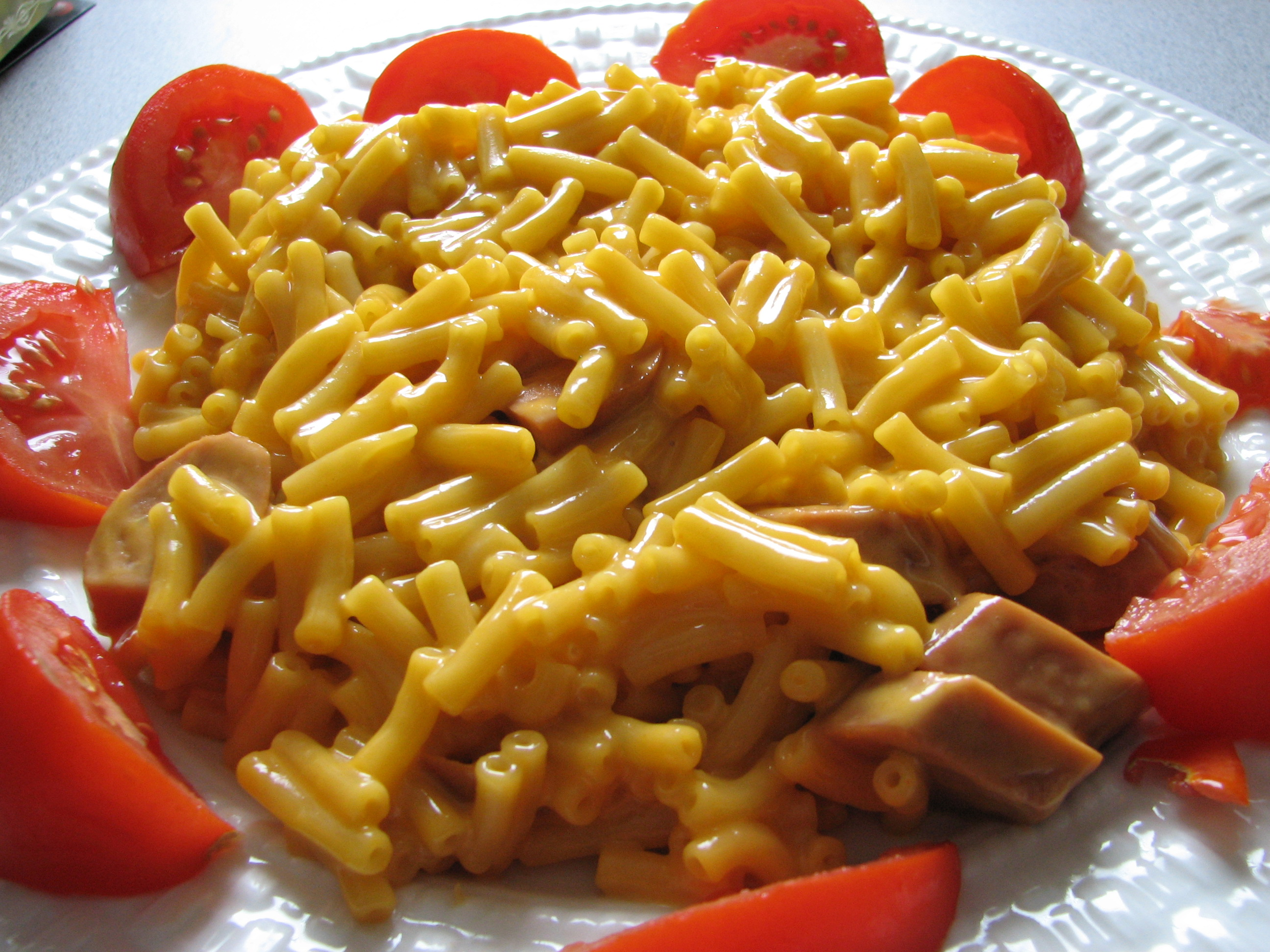 Kraft Dinner Hot Dogs
