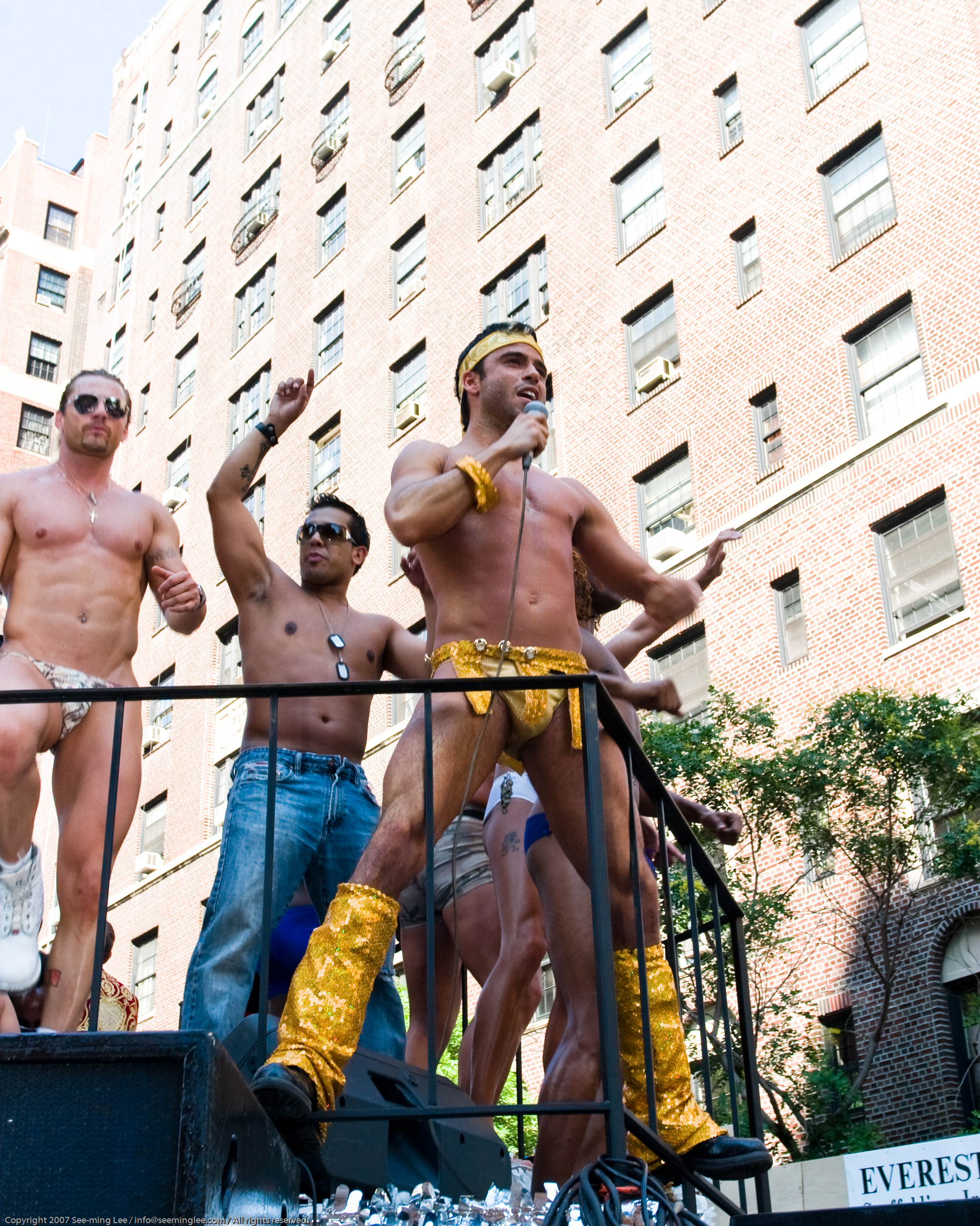 Gay Pride New York 2007 - SML (693995949).jpg English: http://blog.seeminglee.com/2007/08/gay-pride-new-york-2007.html Photograph taken at the Gay Pride