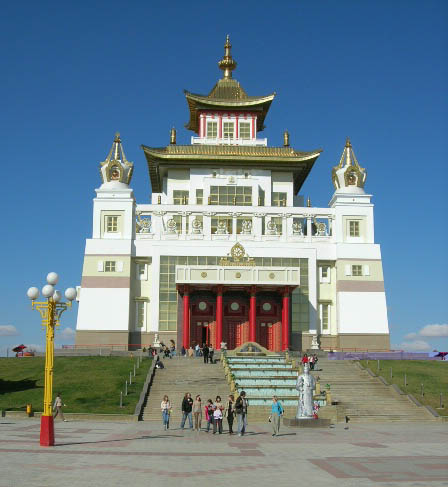 File:Golden Temple Elista.jpg