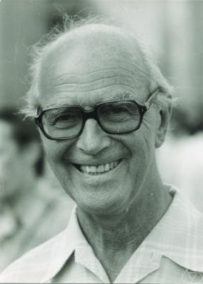 Gustave Choquet at the 1983 [[International Congress of Mathematicians|ICM]] in [[Warsaw]].