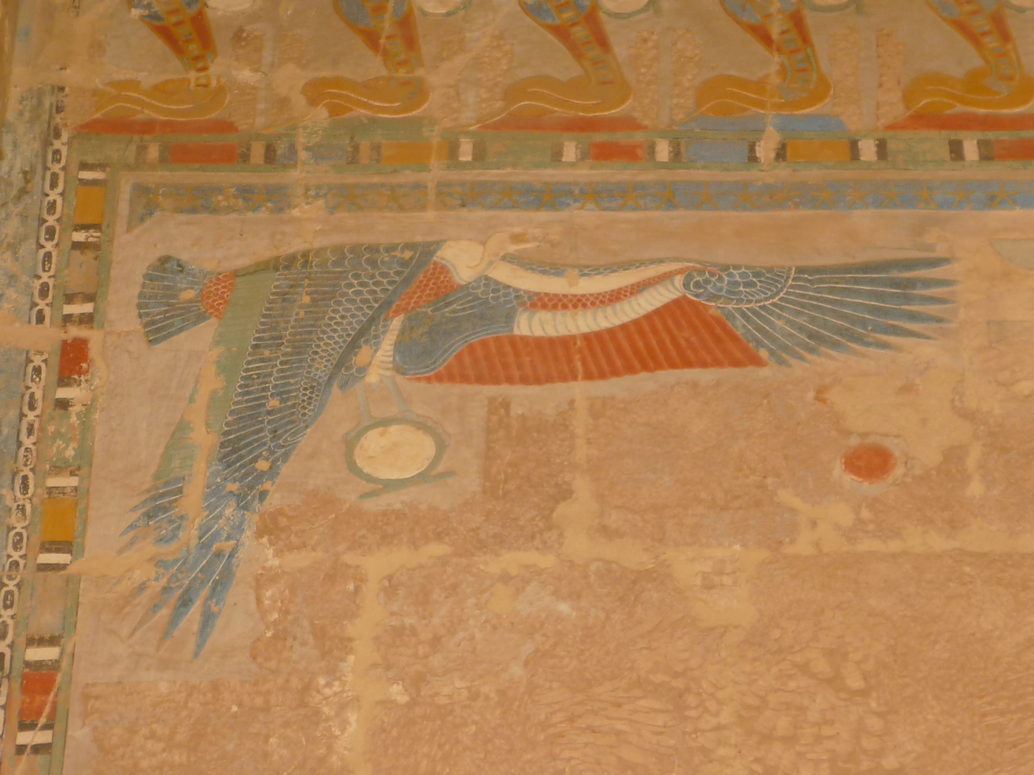 http://upload.wikimedia.org/wikipedia/commons/7/7e/Hatshepsut_temple37.JPG