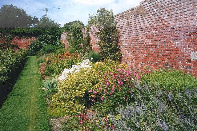 Herbaceous border at Croft Castle Garden - geograph.org.uk - 1103350