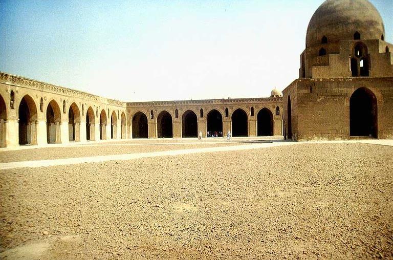 جامع أحمد طولون ثالث مساجد