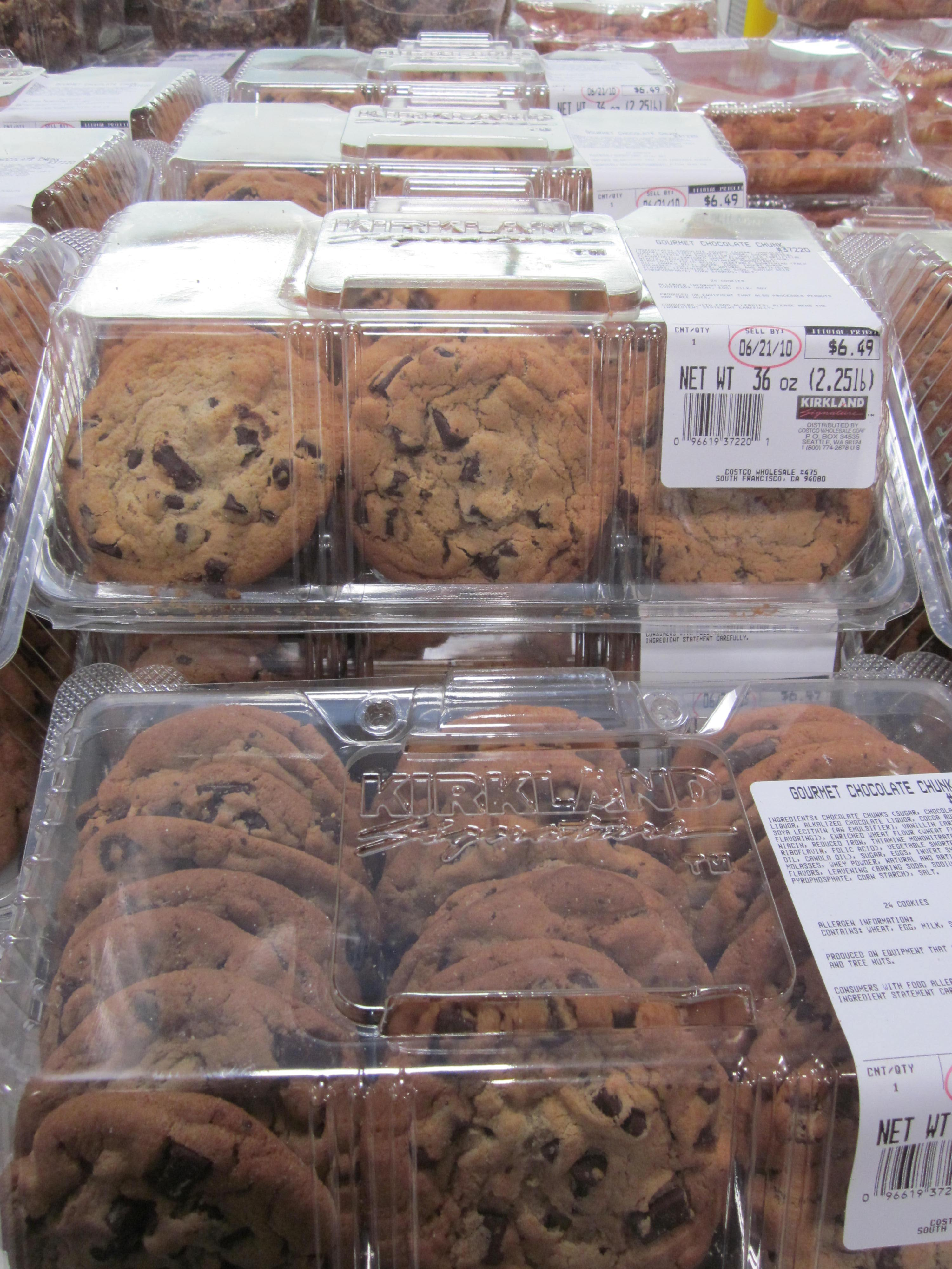 Costco Chocolate Chip Cookies Review