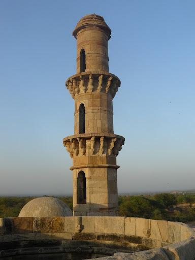 File:Kevada Masjid, Champaner 14.JPG