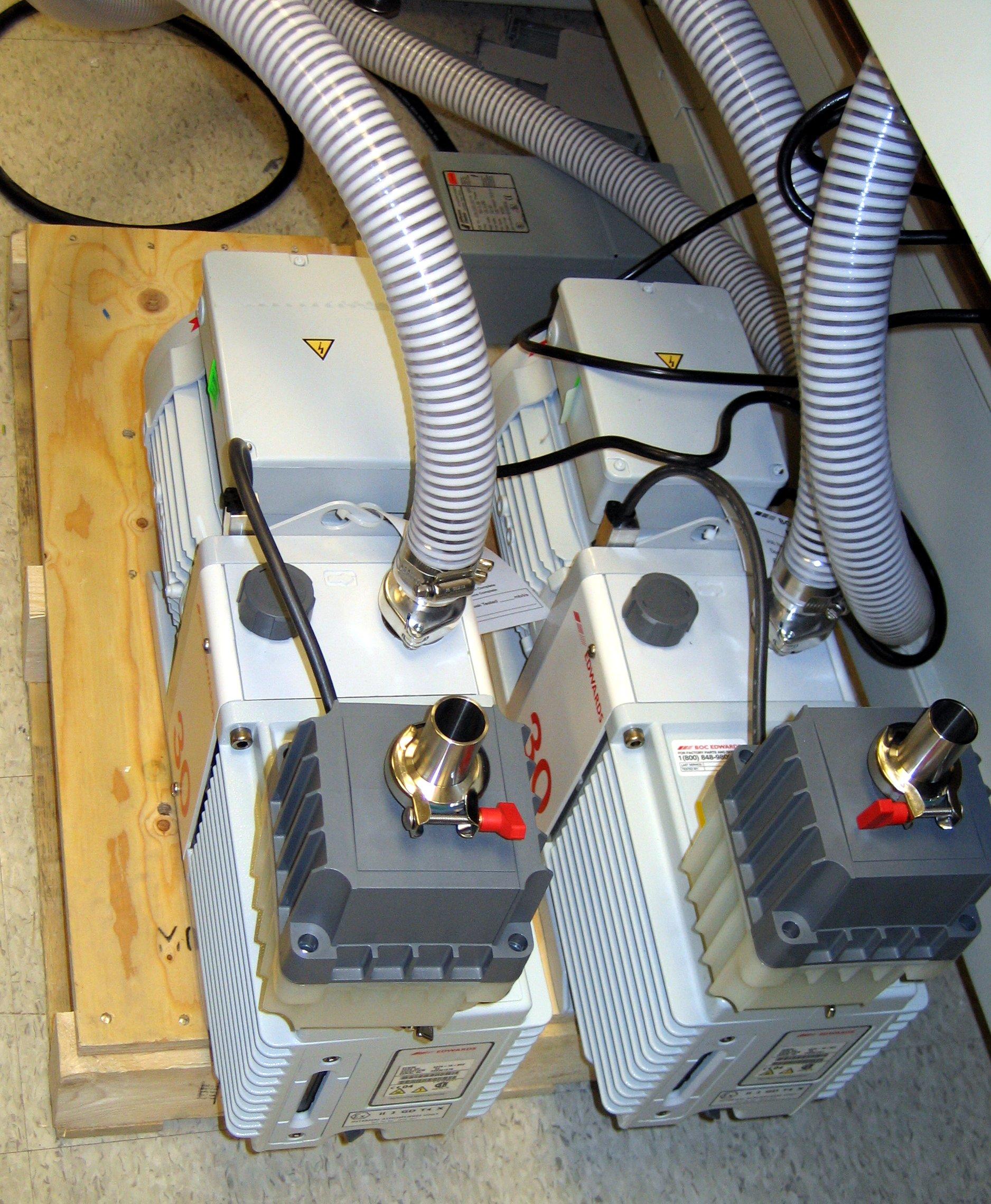 File:LTQ - Rough Pumps.jpg - Wikimedia Commons