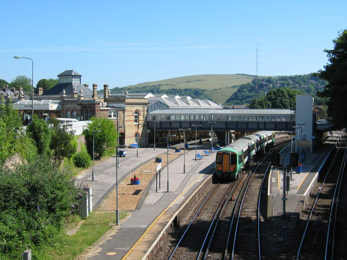 Lewes United Kingdom  City new picture : Lewes railway station, looking Lewes, United Kingdom