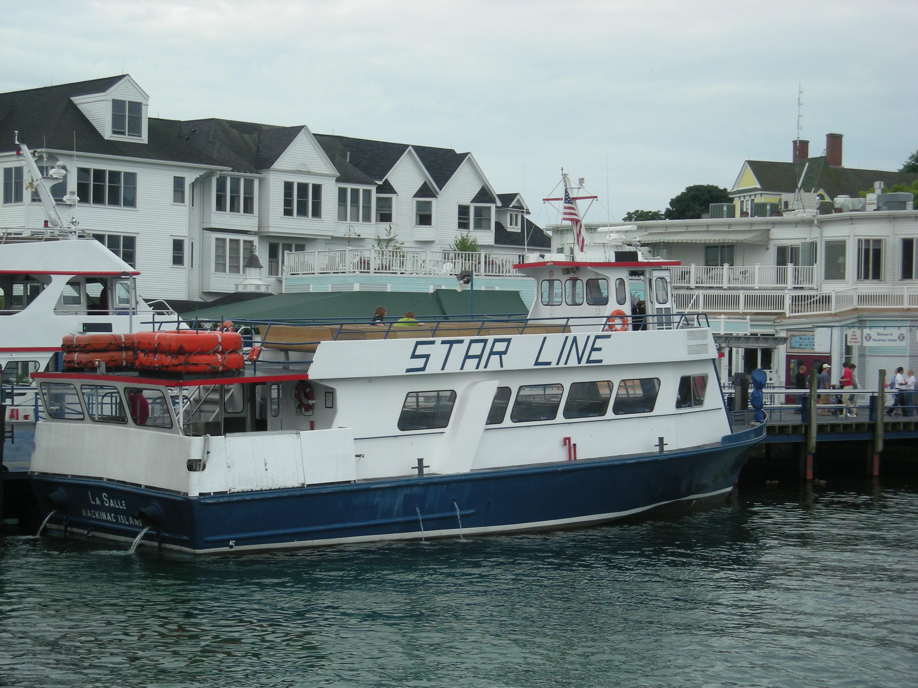 File Mackinac Island July 2010 04 Star Line Ferry Jpg
