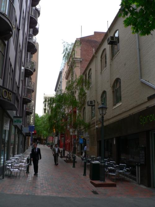 Learn italian melbourne online street