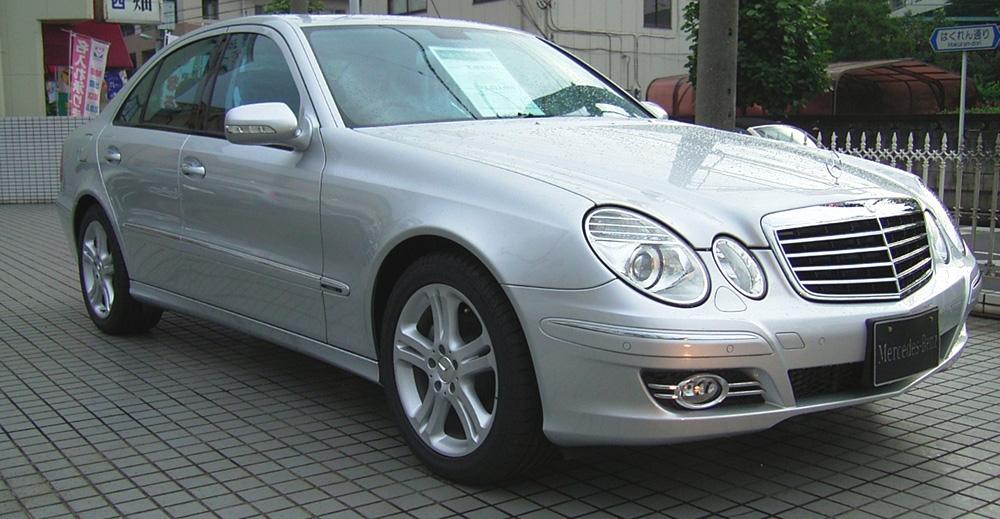 File mercedes benz w211 e320 ja wikimedia commons for Mercedes benz 2007 e320