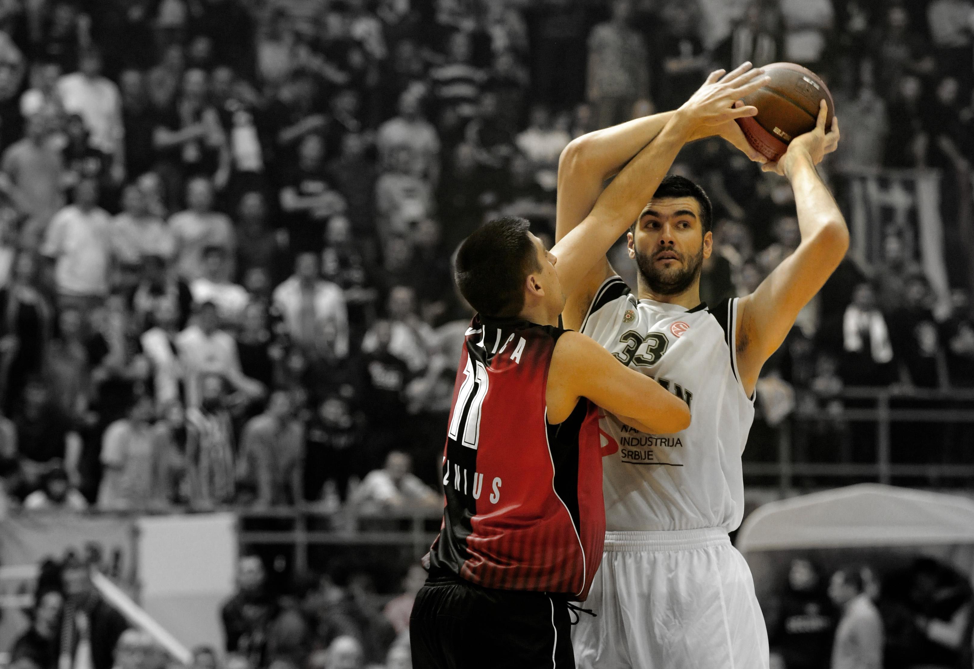 jogadores mais altos da NBA Vranes