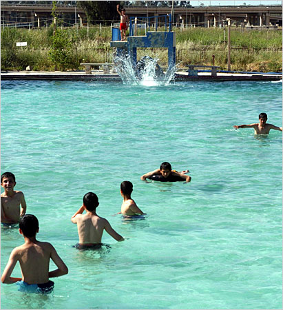 File:Mosul-swimming.jpg