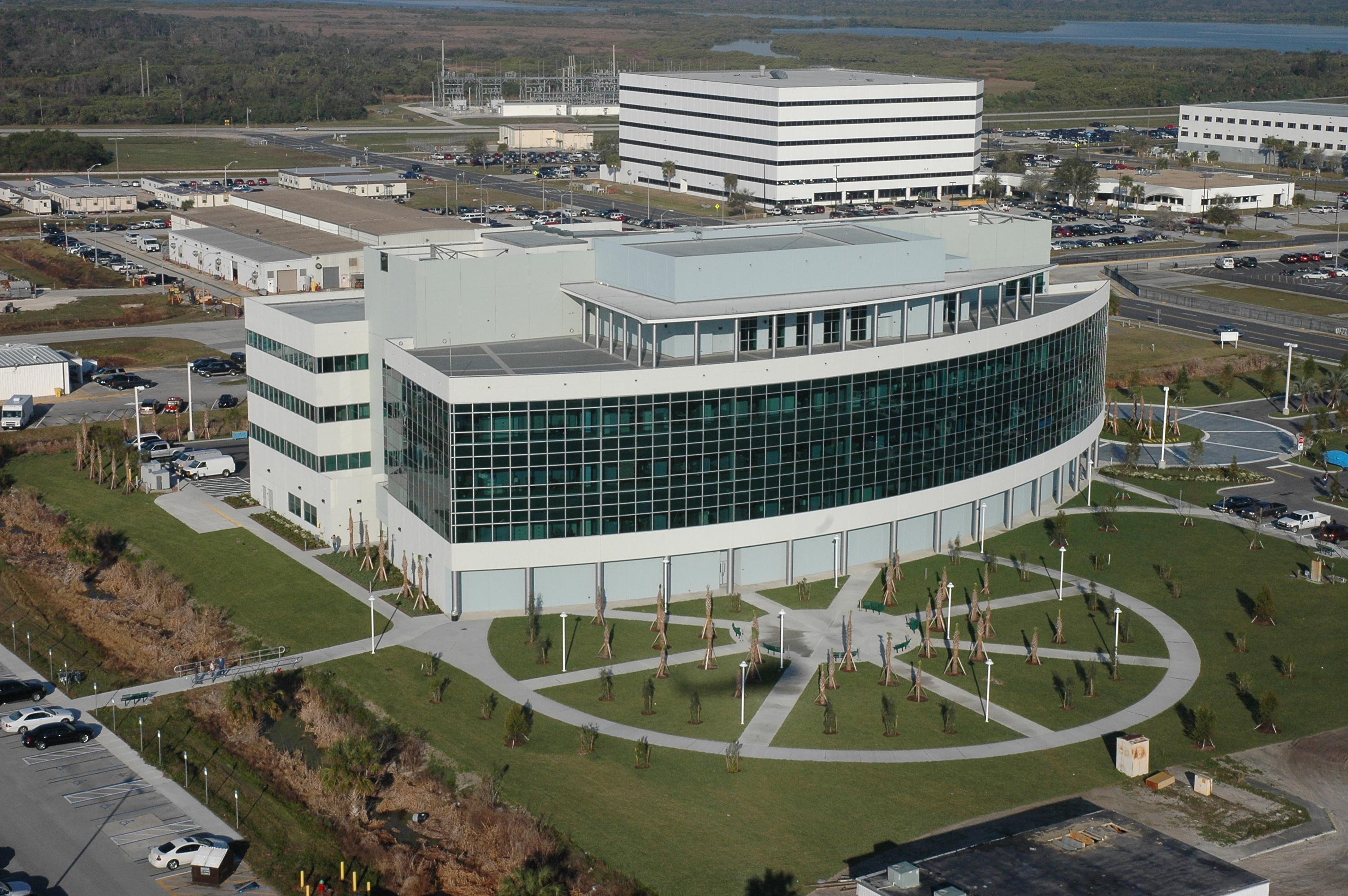 Nasa Building - Pics about space