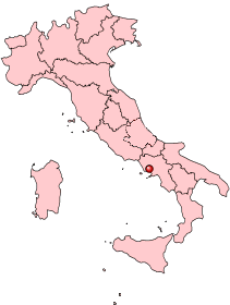 Location of the city of Naples (red dot) within Italy.
