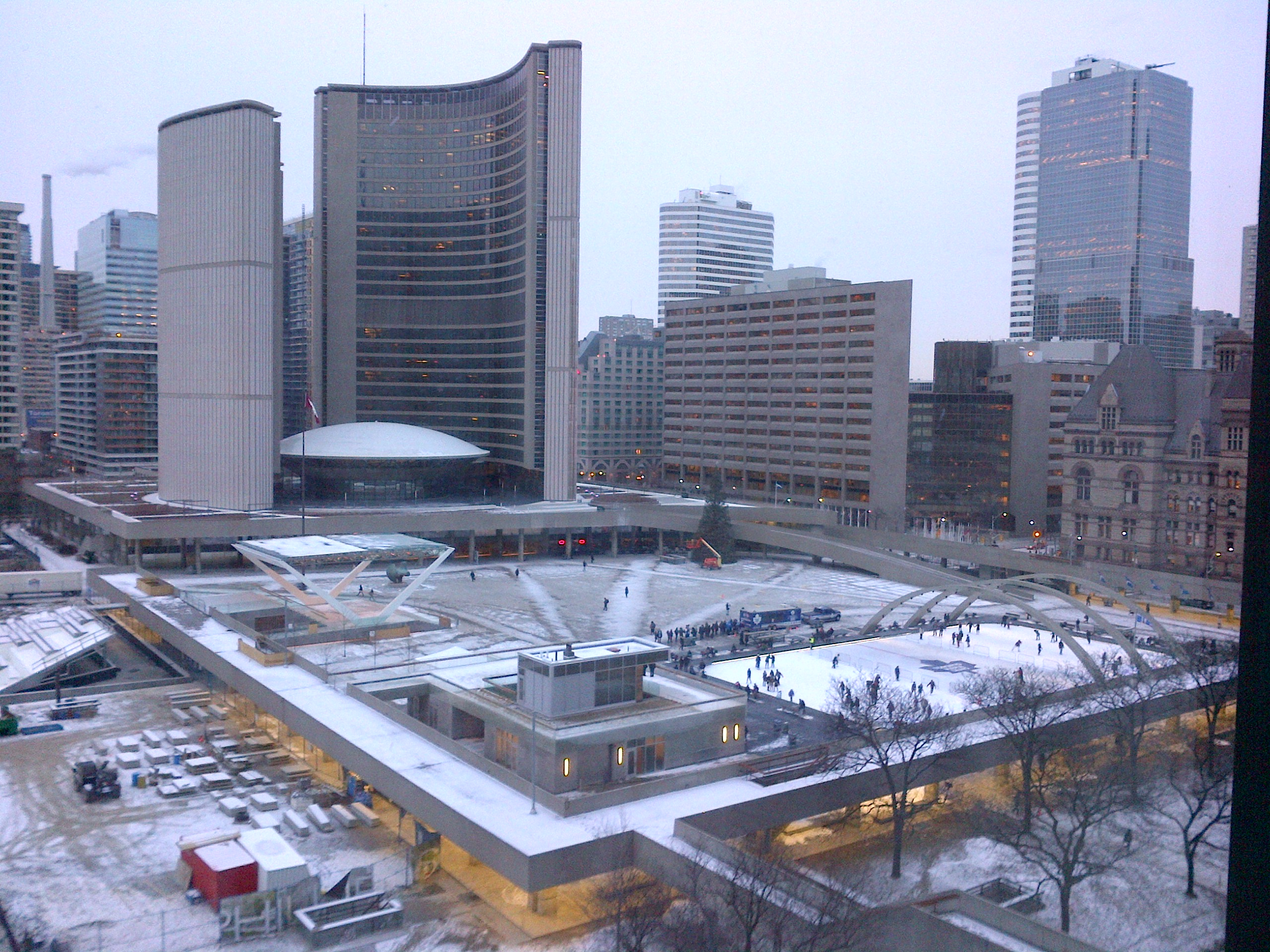 Square Phillips Hotel Amp Suites Montreal Parking