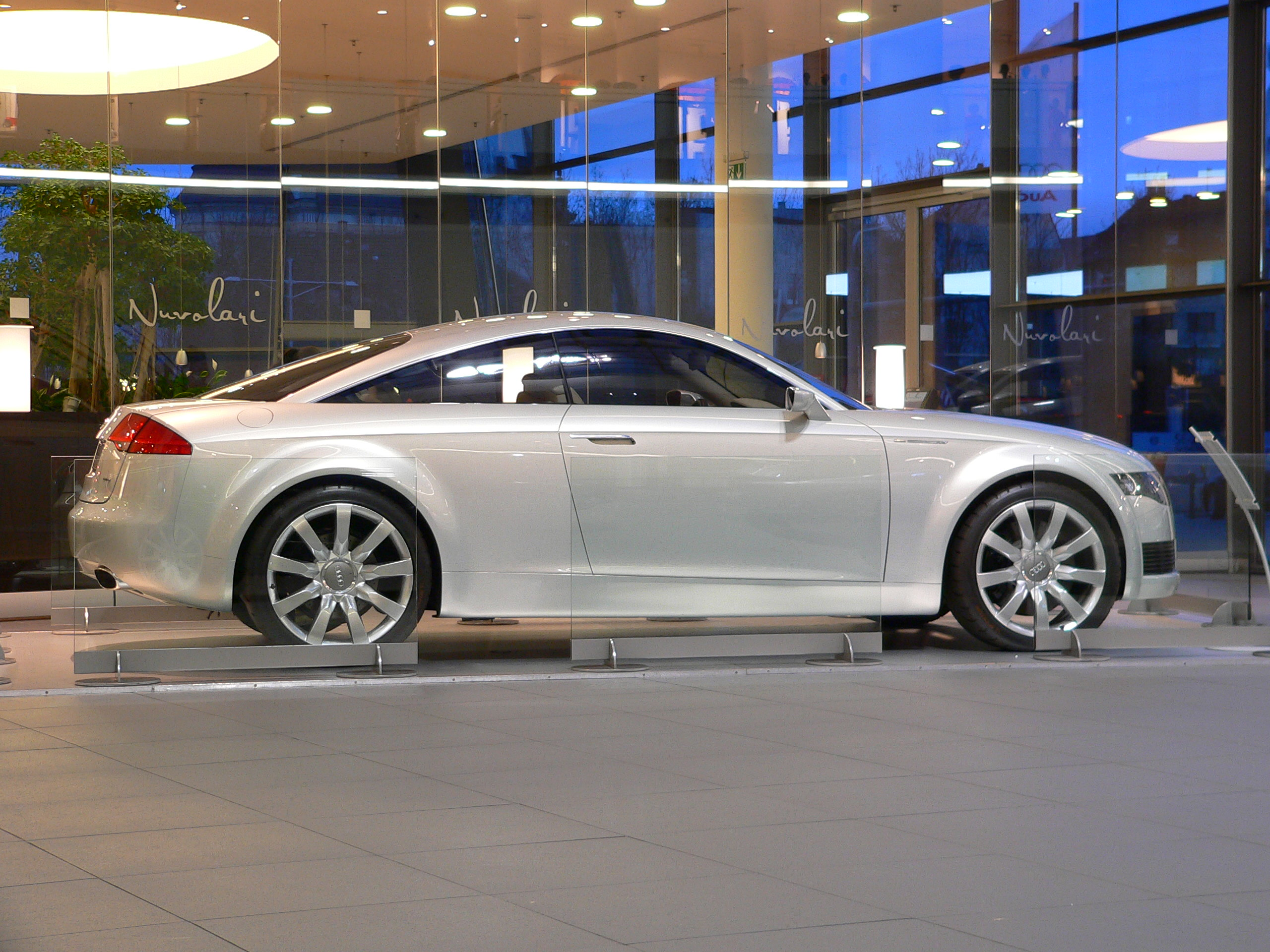 File Neckarsulm Audiforum Audi Studie Nuvolari Jpg