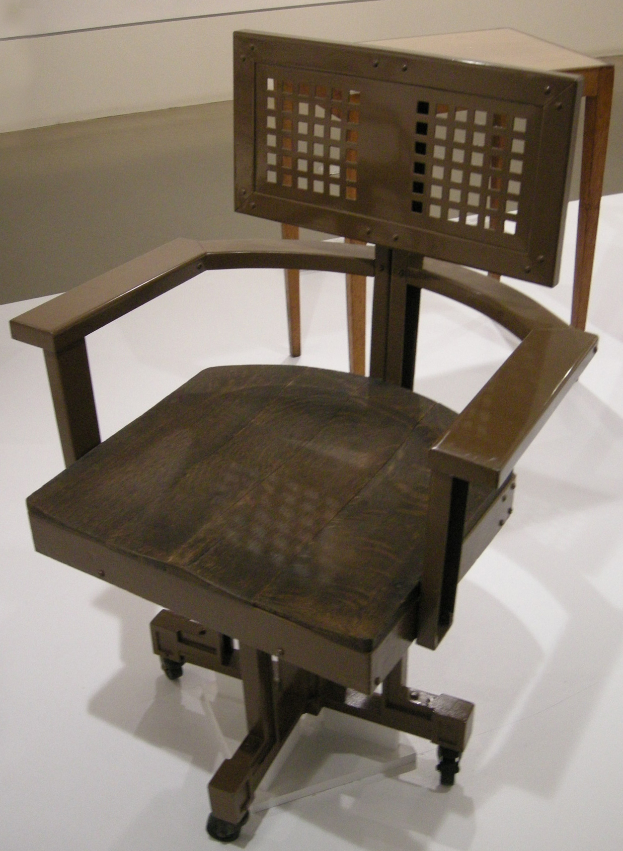 File Ngv Design Frank Lloyd Wright Office Chair Larkin