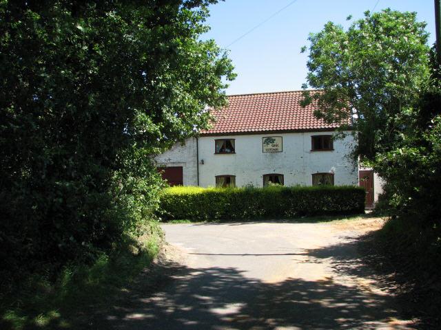 File:Oak Cottage - geograph.org.uk - 515394.jpg