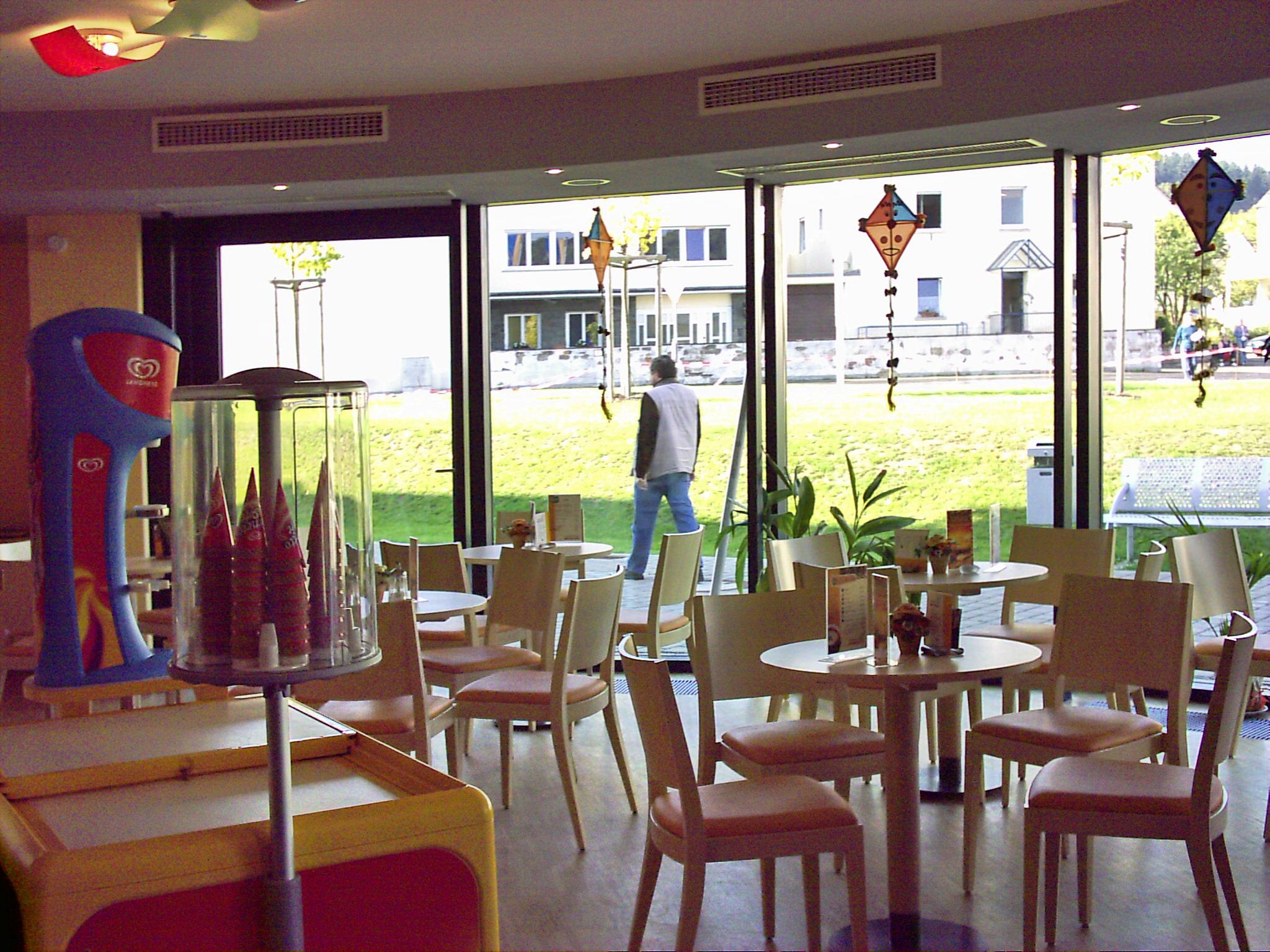 Hotel Und Cafe Am Schloss Biebrich