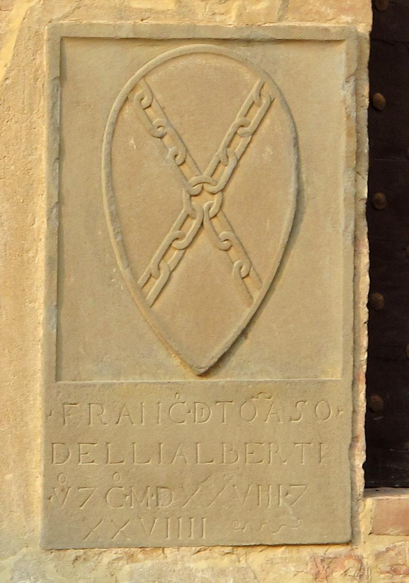 Palazzo vicariale di Certaldo, cortile, stemma Alberti
