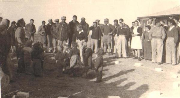 טו בשבט 1944 בקיבוץ ניר-עם