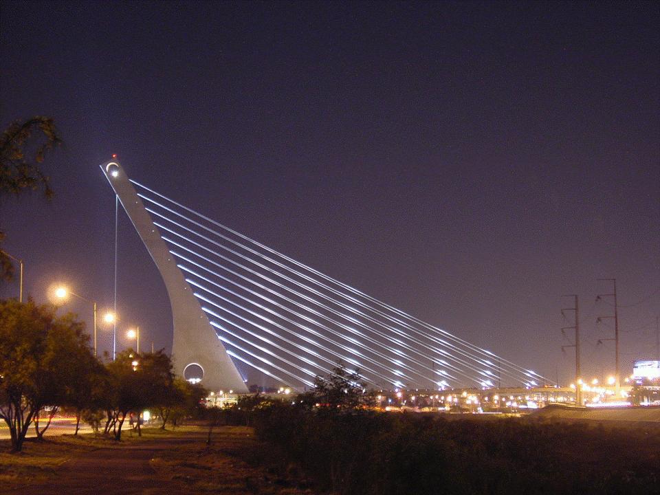 Puente de la Unidad o Puente Atirantado en Monterrey