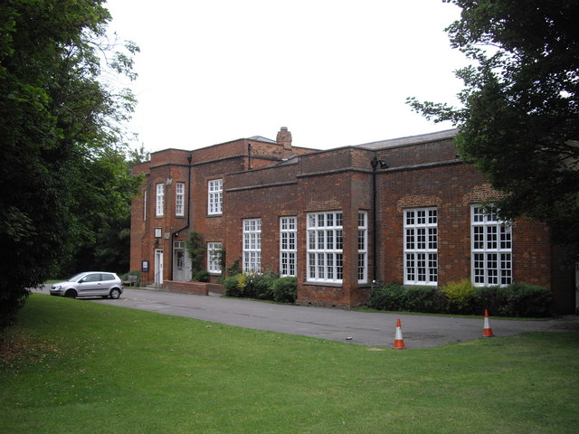 Saffron Walden Museum - geograph.org.uk - 1374772