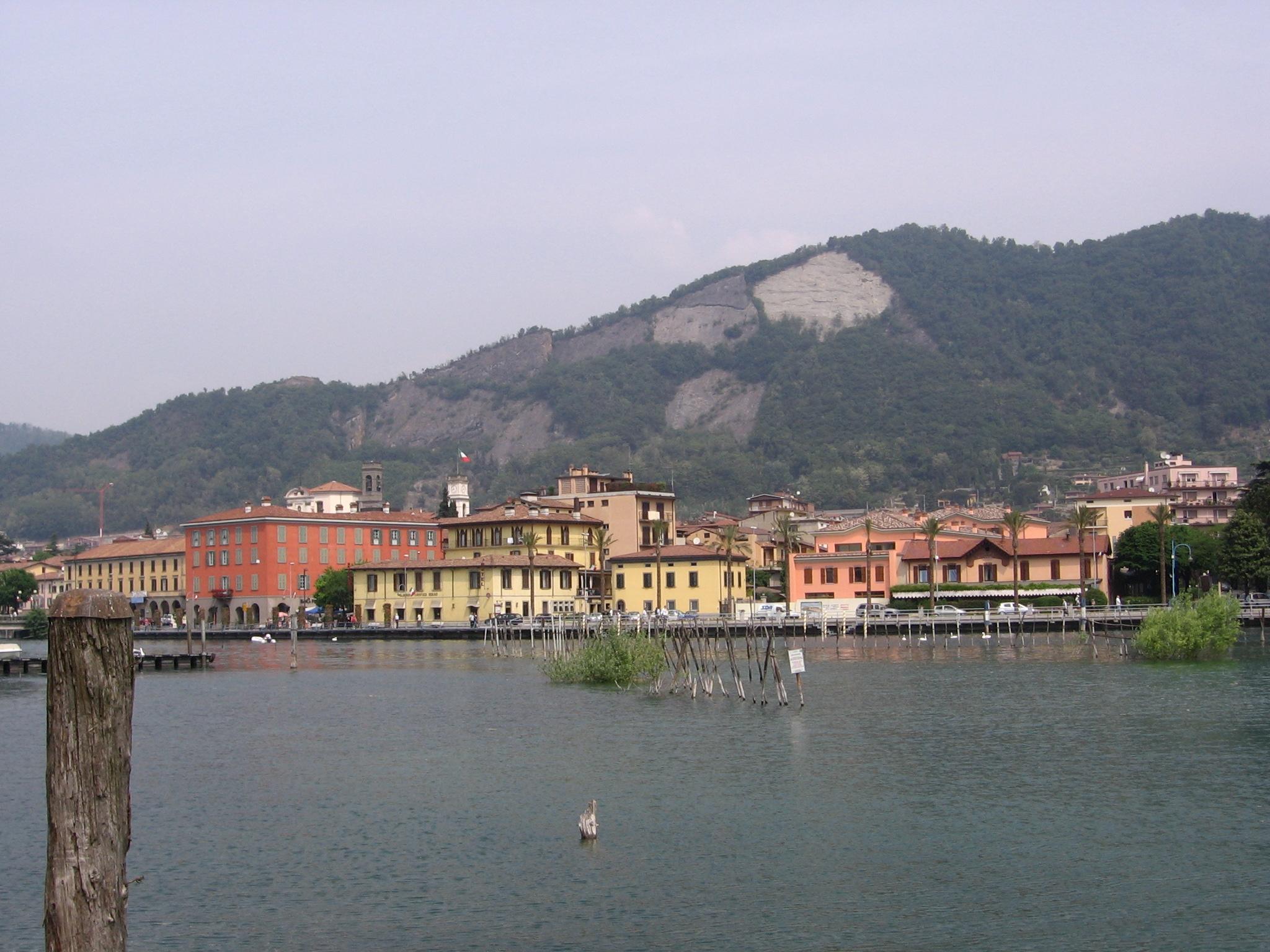 Sarnico Italy  city photos : Description Sarnico vista 02