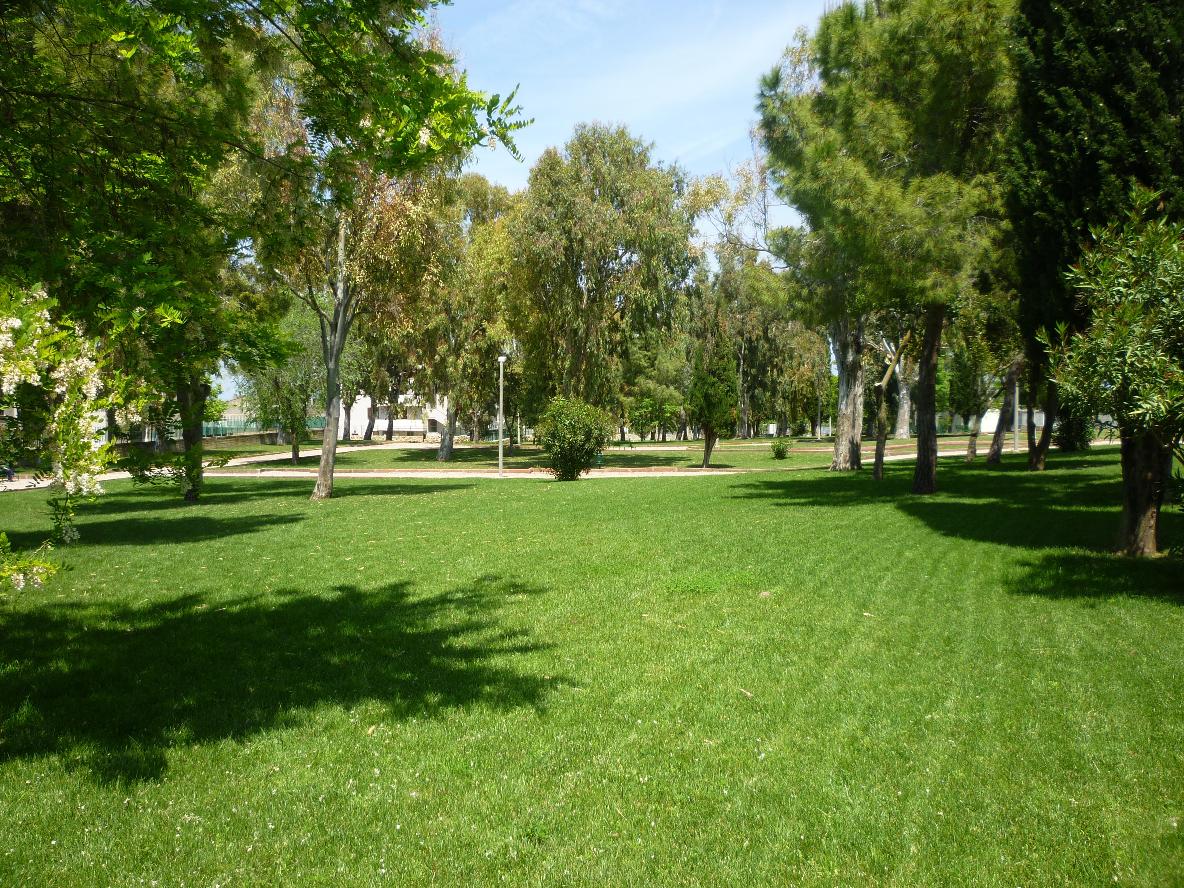 File sassari quartiere li punti giardini pubblici 01 for Architettura giardini