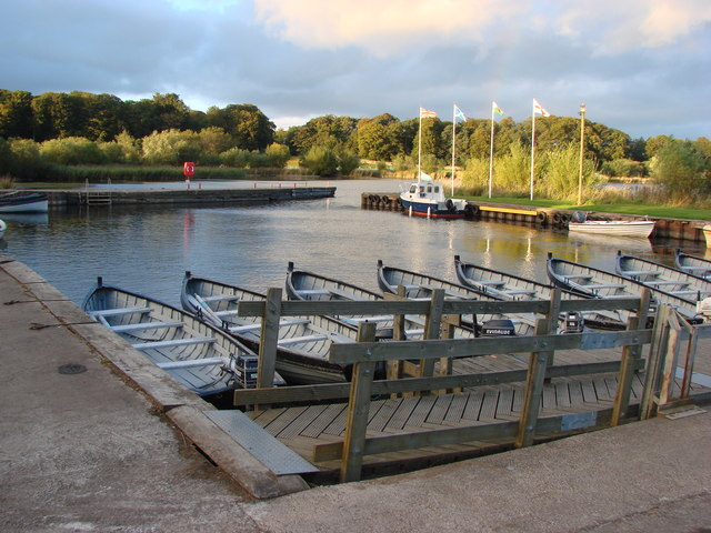 The Boathouse Marina, Loch Leven, Kinross - geograph.org.uk - 573248