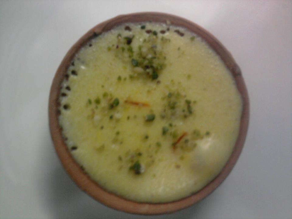 rice phirni is a rice pudding like phirni indian rice pudding phirni ...