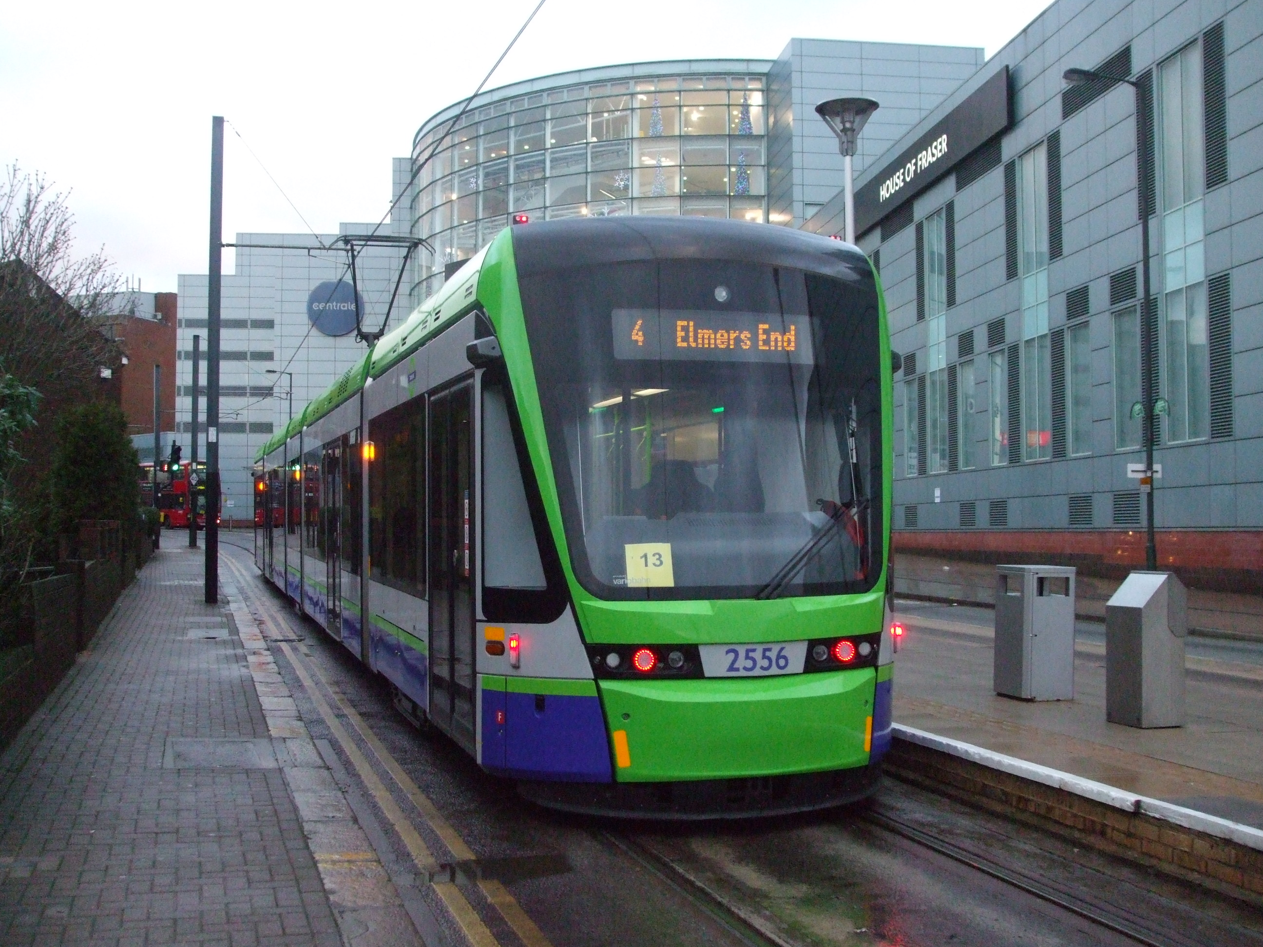 File:Tram 2556 at Centrale.JPG