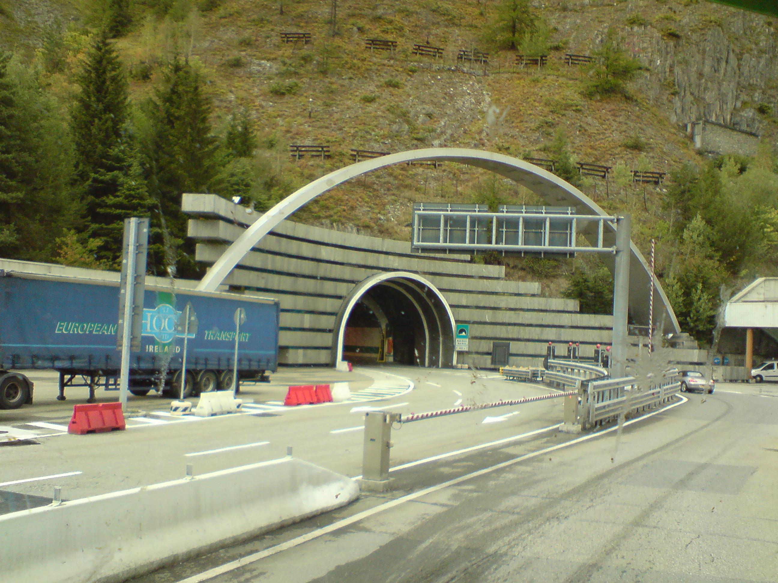 file tunel mont blanc jpg