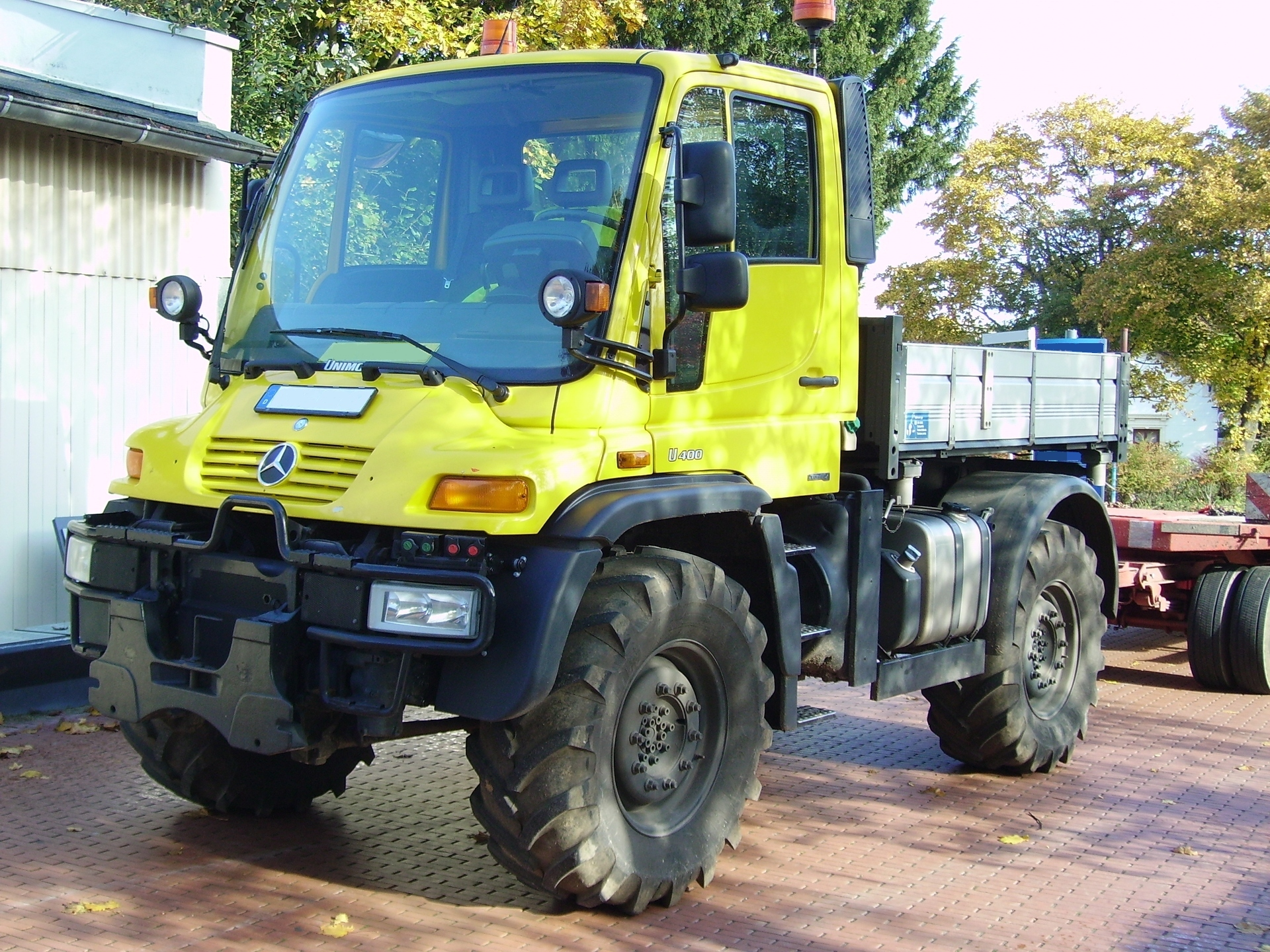 Rv Mercedes >> File:Unimog U 400.jpg - Wikimedia Commons
