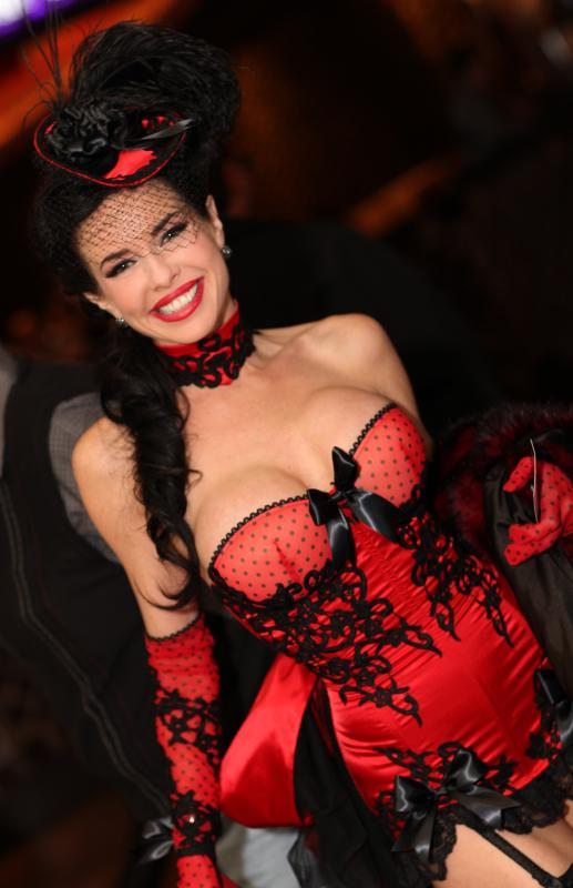 Description Veronica Avluv AEE 2013 2.jpg