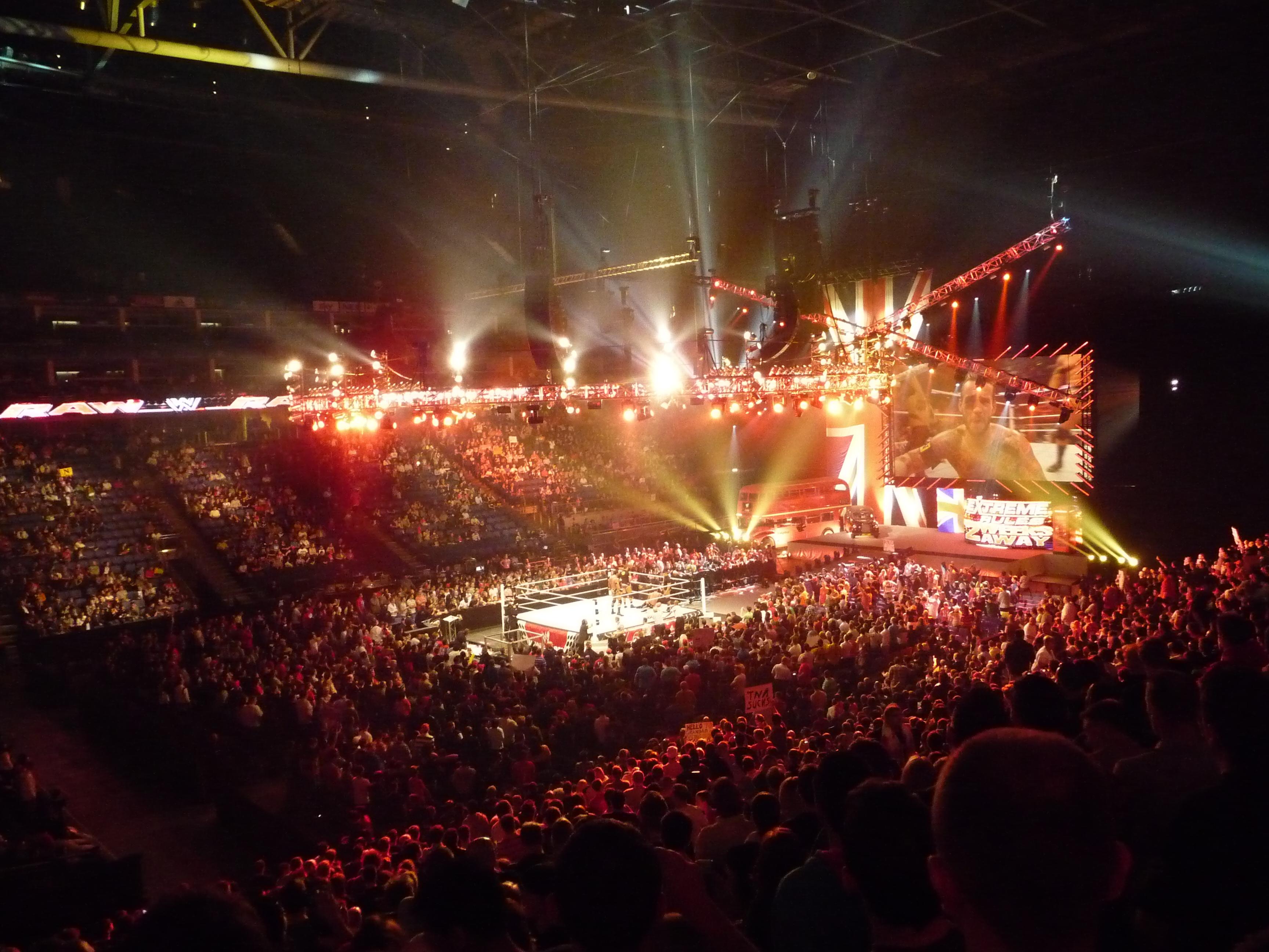 File Wwe Raw The O2 Arena 18 April 2011 3 Jpg
