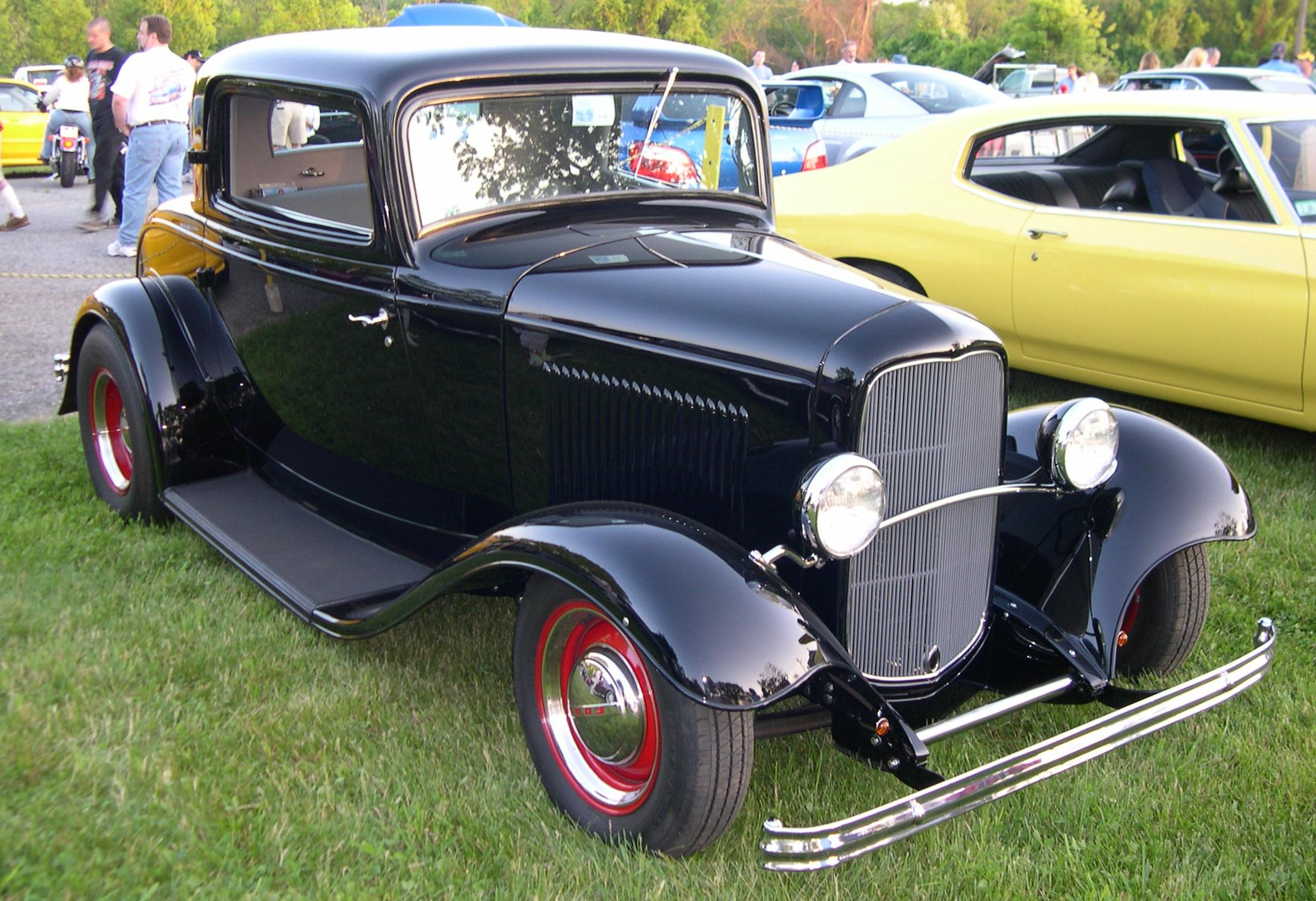 File1932 Ford Deuce Coupe Hot Rodjpg  Wikimedia Commons