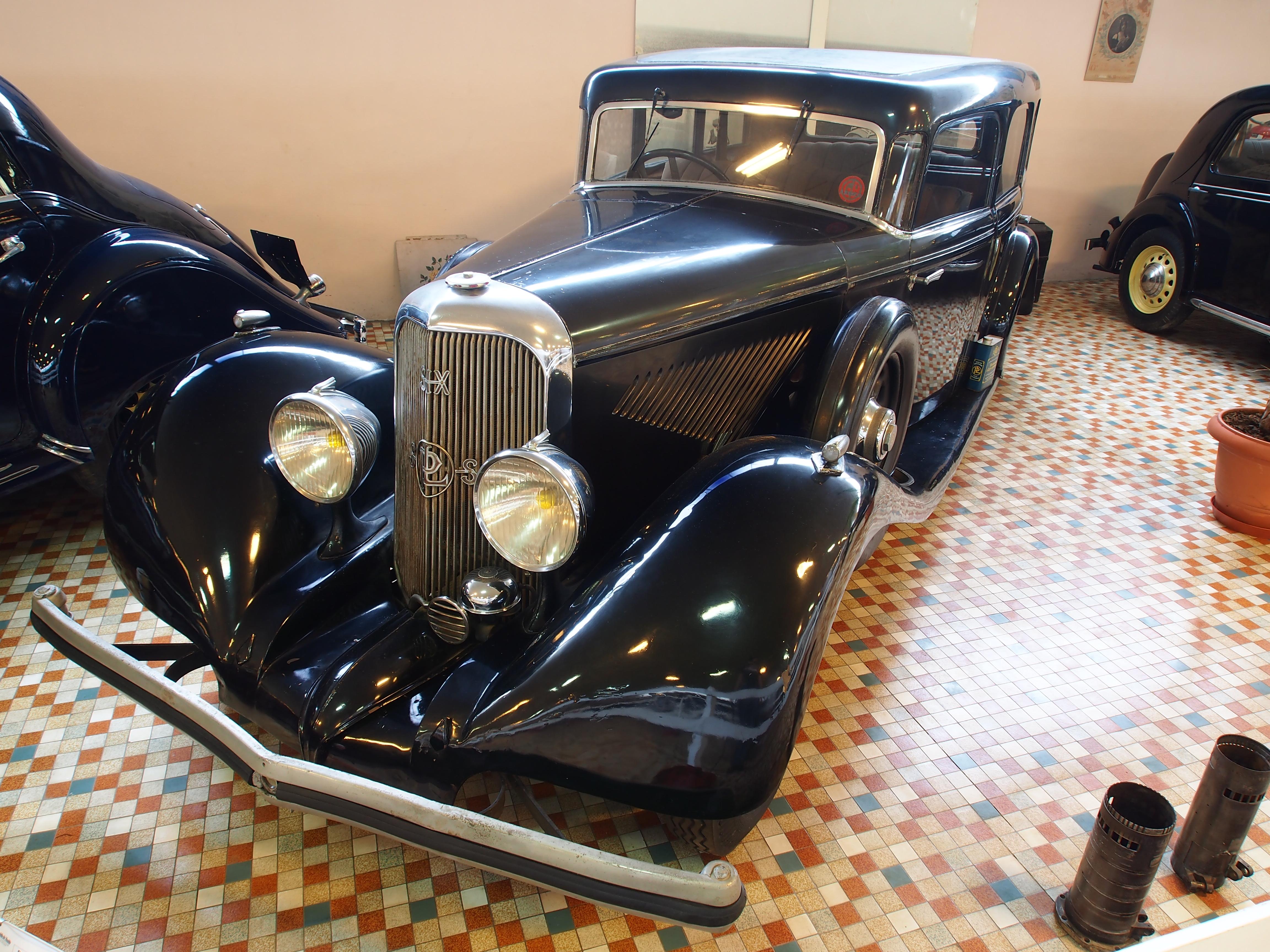 file 1936 panhard levassor x72 panoramique at the mus e automobile de vend e pic 2 jpg. Black Bedroom Furniture Sets. Home Design Ideas