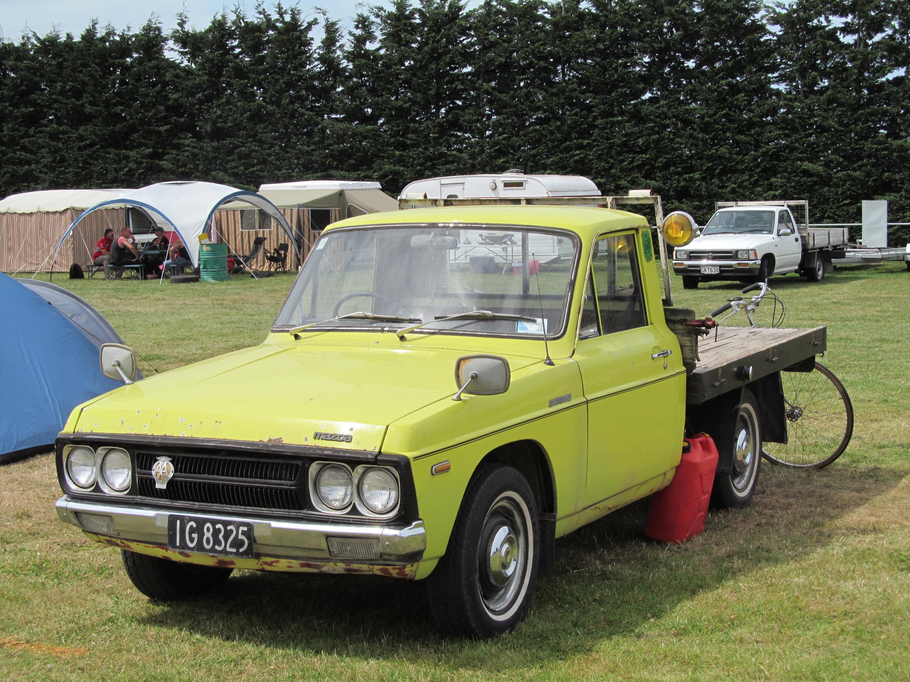 File:1976 Mazda B1600 (12403598753).jpg - Wikimedia Commons