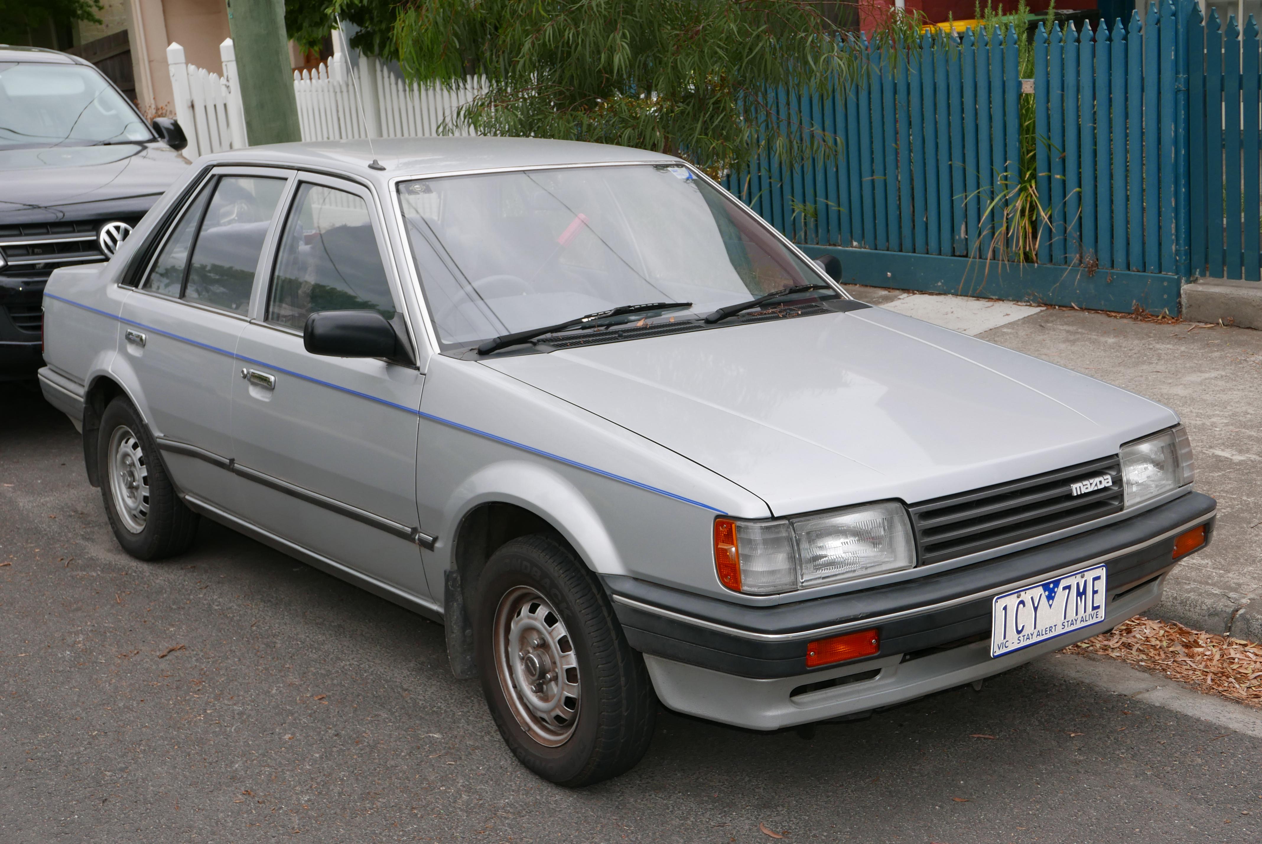 File 1986 Mazda 323 Bf Deluxe Sedan 2016 01 04 01 Jpg