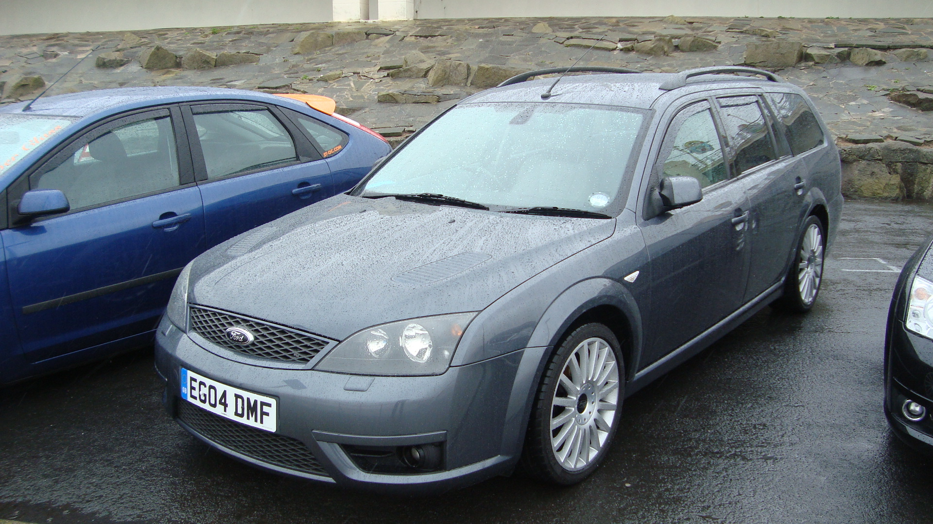 file 2004 ford mondeo st220 estate 13900855304 jpg wikimedia commons. Black Bedroom Furniture Sets. Home Design Ideas