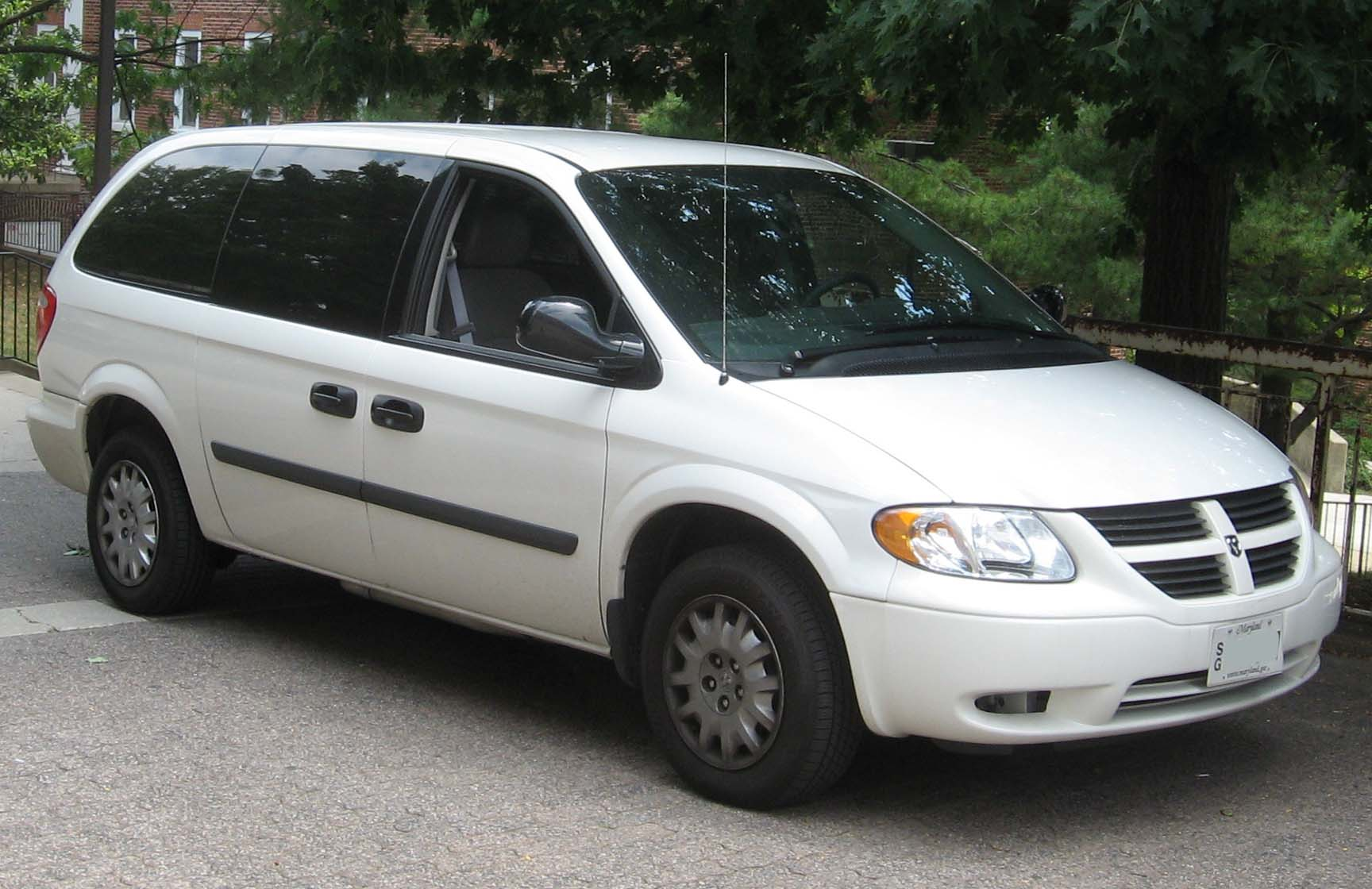 image gallery 2005 dodge caravan. Black Bedroom Furniture Sets. Home Design Ideas